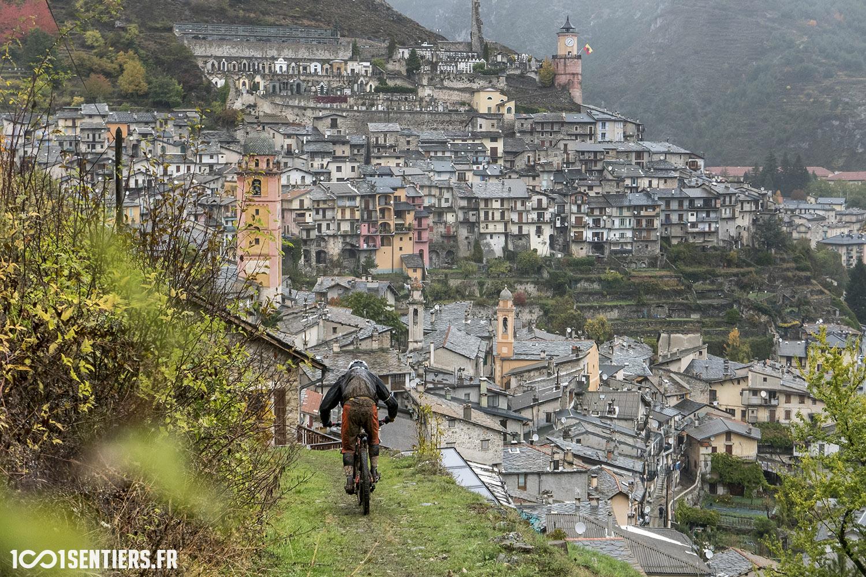 enduro-merveilles-tende-2016-1001sentiers-village