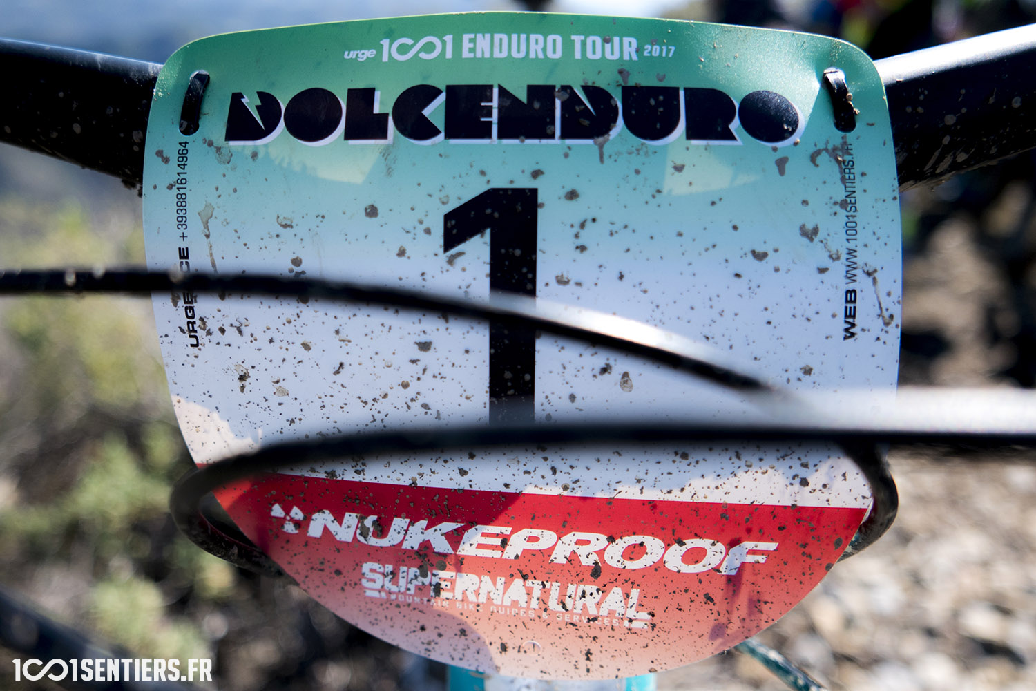 urge 1001 enduro tour dolcenduro 1001sentiers plaque