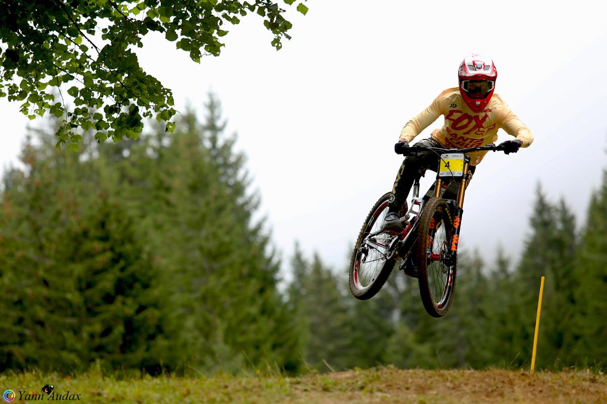championnats france descente 2017 loris vergier_photo yann audax