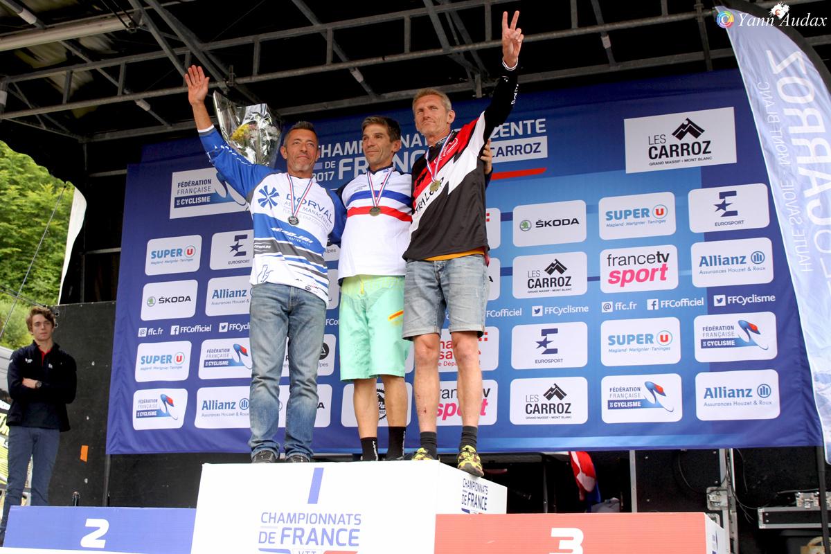 championnats france descente 2017 podiums masters 5_photo yann audax