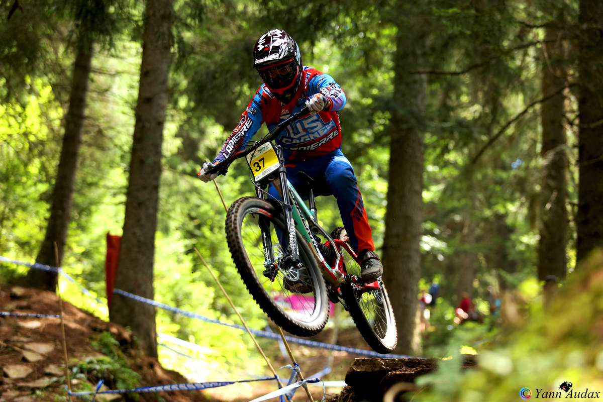 championnats france descente 2017 thibaut daprela_photo yann audax