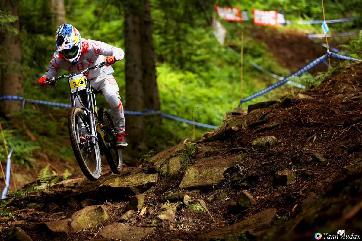 championnats france descente 2017loic bruni_photo yann audax