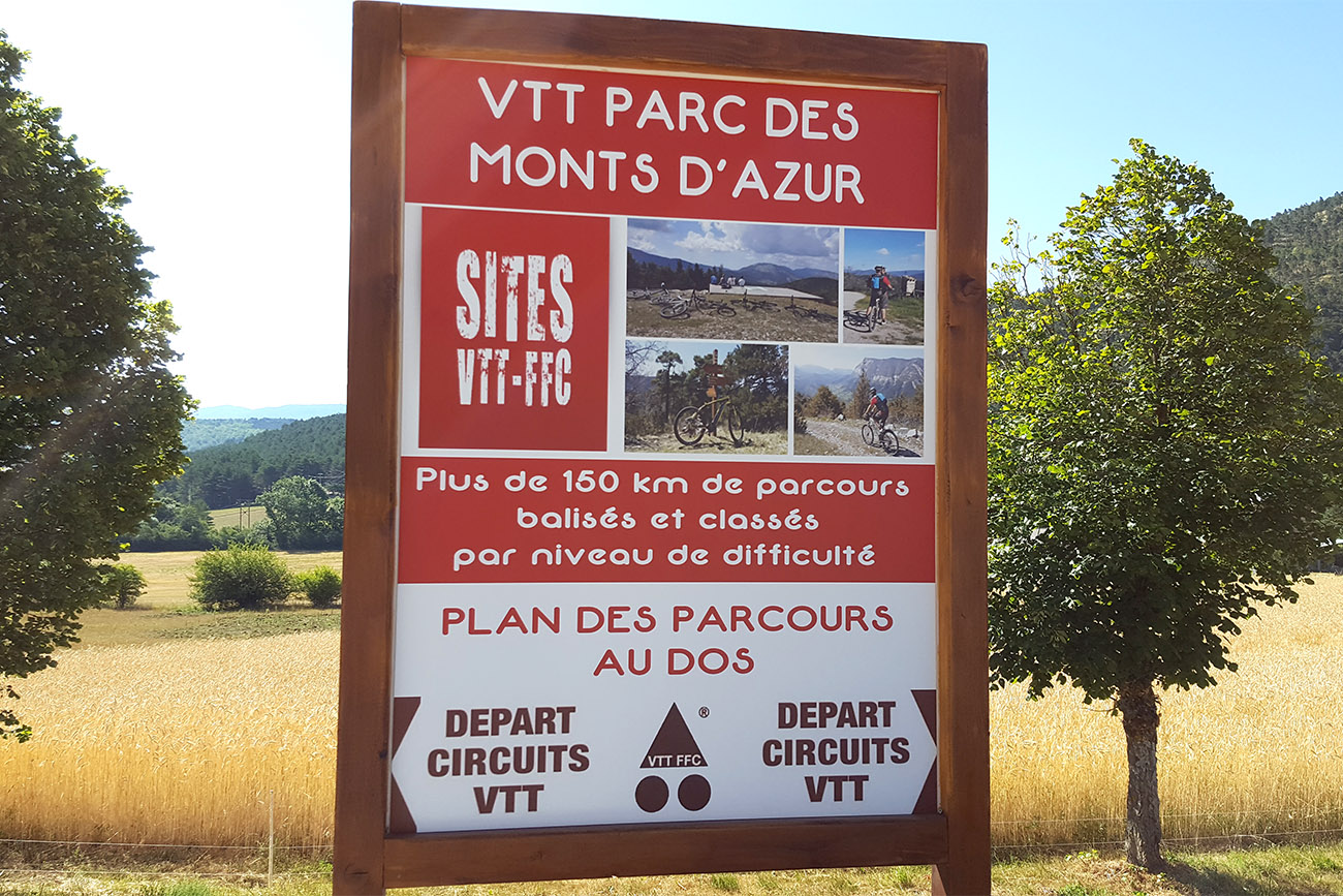 panneau site vtt parc monts azur st auban