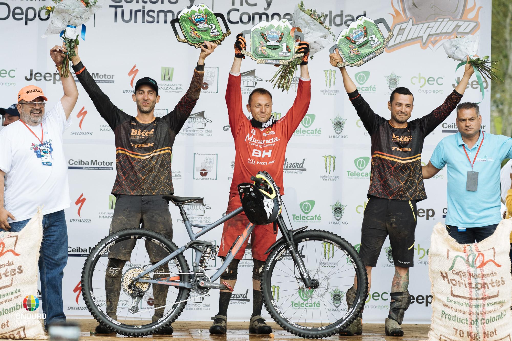 Master Men podium: 1st Karim Amour, 2nd Patricio Escobar, 3rd Dewin Leandro Carvajal.