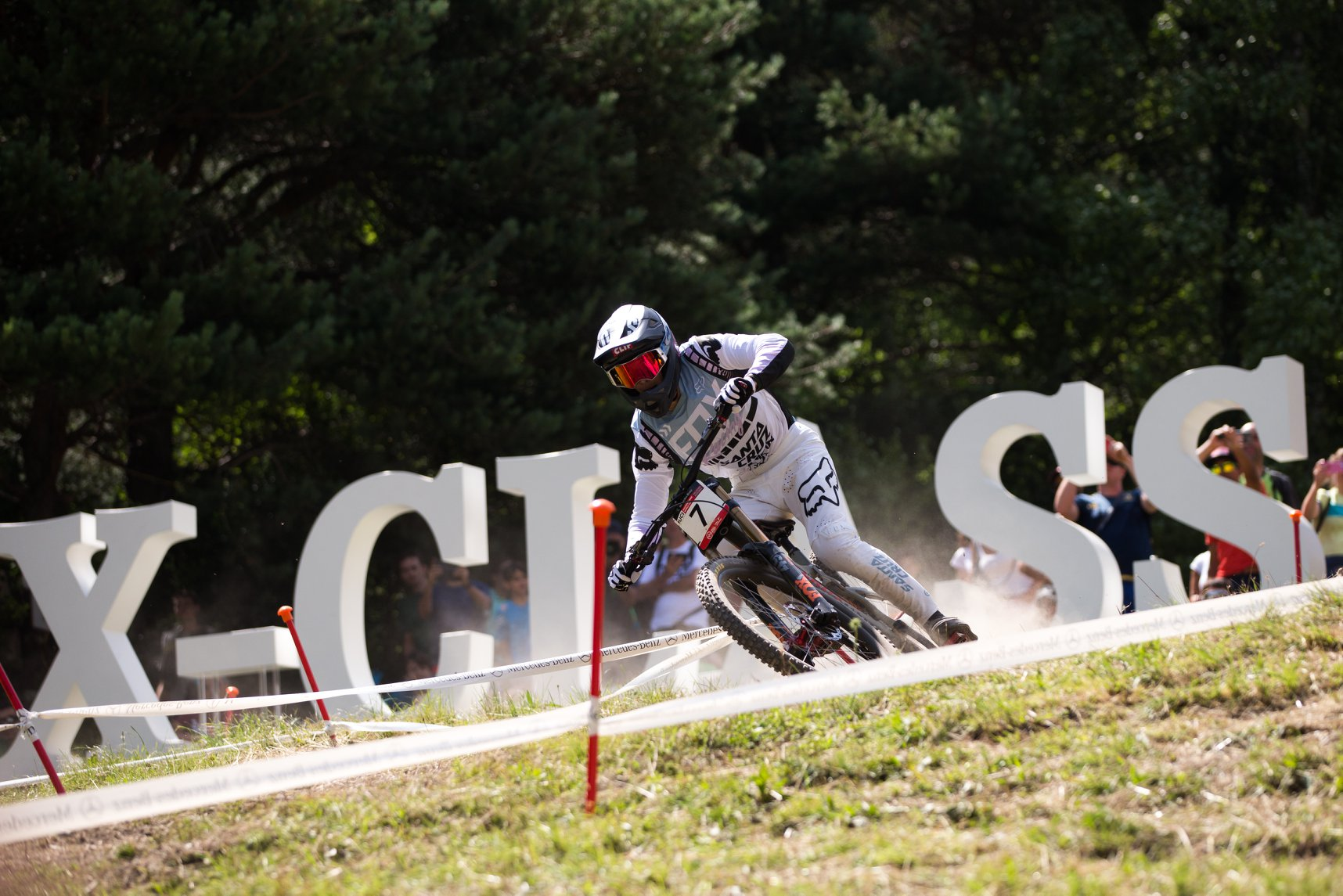 world cup dh 2018 vallnord loris vergier