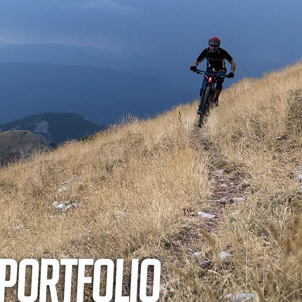 Portfolio: Riding épique, singles colorés et nature déchainée