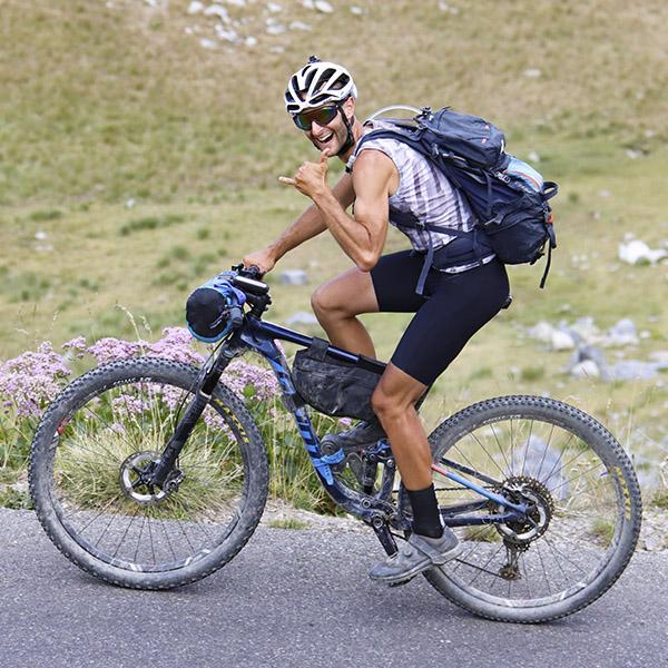 Epopée: Mikael Fanget raconte sa traversée VTT de l'arc alpin
